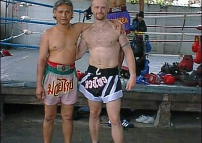 Mr Al with Kru Sit, Sasiprapa gym, Bangkok 2002